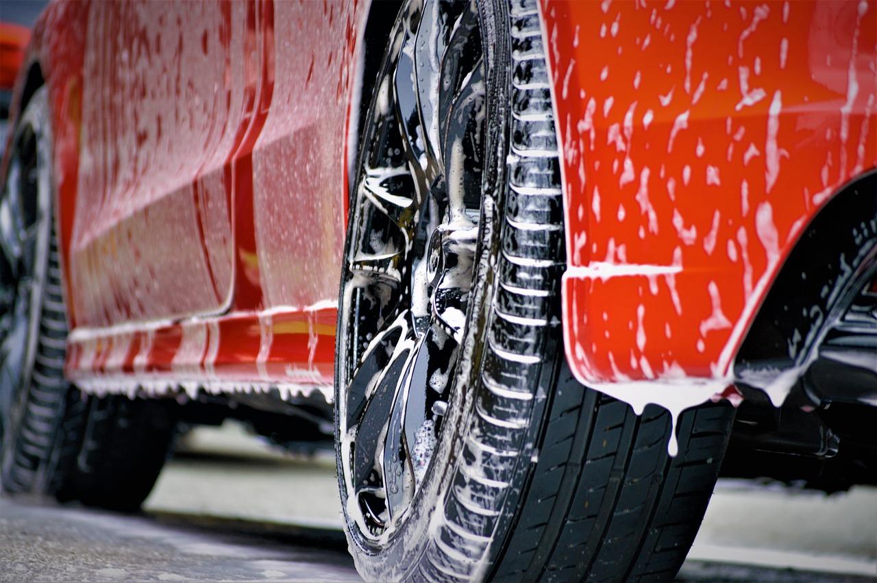 Zaopatrzenie myjni samochodowych. Co wybrać?