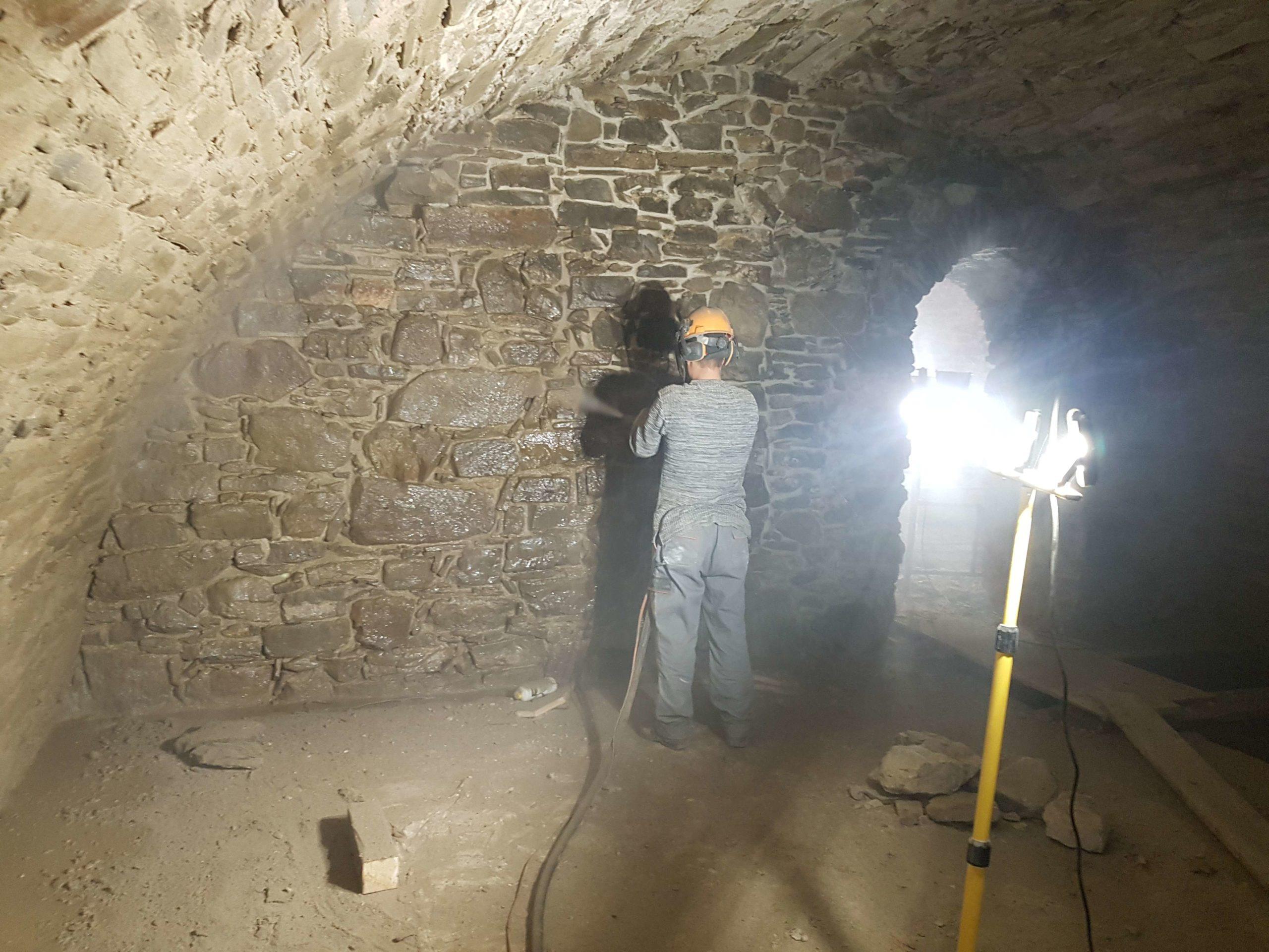 Renowacja kamienia w piwnicach