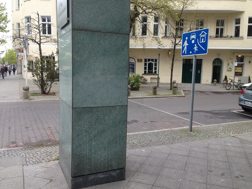 granit kamień po