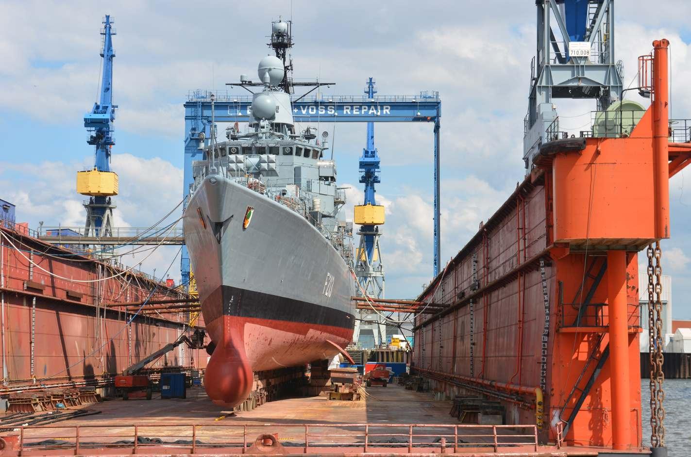 Czyszczenie kadłubów statków imetody usuwania powłok wprzemyśle morskim